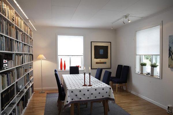 am holzfenster plissee verwenden. Black Bedroom Furniture Sets. Home Design Ideas
